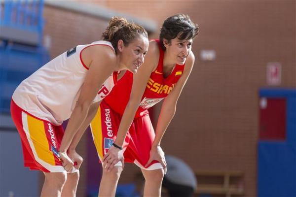 Laia y Alba Torrens // Foto: Feb.es